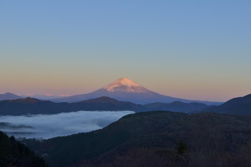 [ 紅富士が終わり・・・ ]  空が明るくなって紅富士タイムが終わりました