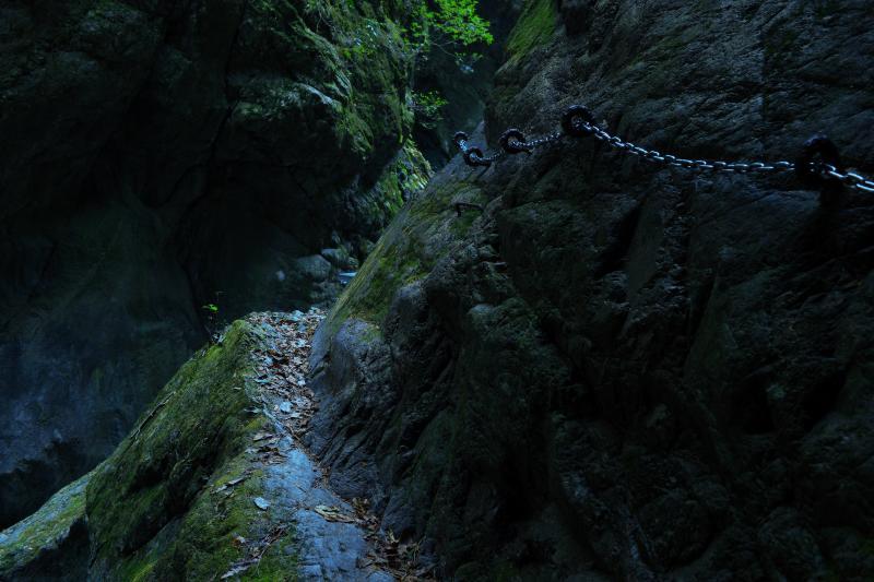 [ 神戸岩 ]