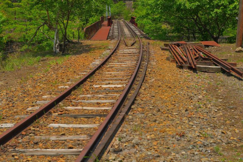 [ 鉱山で栄えた町 ]  かつては日本の銅生産の拠点だった足尾。今では産業遺産が残され、静かな時が流れています。