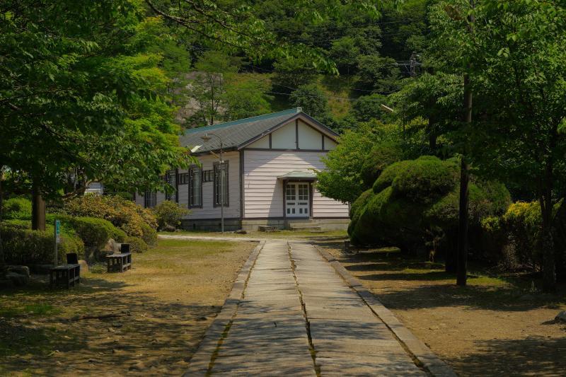 [ 洋風館 ]  古川掛水倶楽部の入口から撮影。