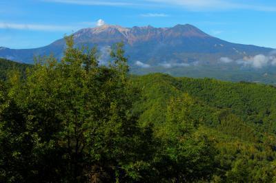 御嶽山全景| 地蔵峠からは日本百名山・御嶽山の迫力ある姿を見ることができます。
