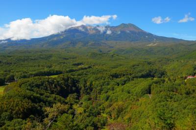 御嶽山展望台眺望| この展望台からは御嶽山の東麓を一望することができます。