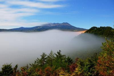 御嶽山雲海| 雷雨後、快晴となった開田高原。しばらくすると雲海が出現し、幻想的な光景が現れました。