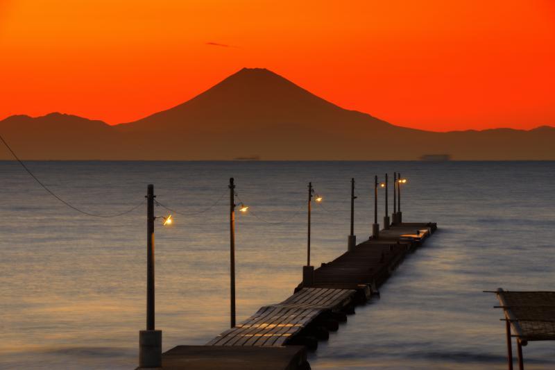 海の原風景| 時間が停まったようなノスタルジックな風景。この景色を見に多くの人々がこの地を訪れます。