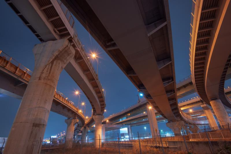 清洲ジャンクション| 巨大が上に地上からの撮影ではごく一部しか写真に納めることができません。
