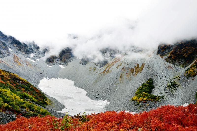 [ 涸沢の雪渓 ]
