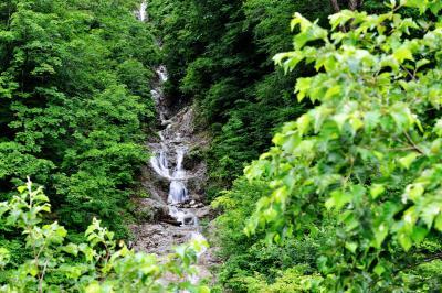 タケナグラの滝|