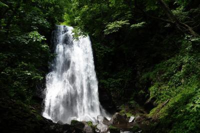 小野川不動滝| 豪快な水量を誇る裏磐梯の名瀑。