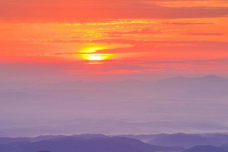 [ 雲海の朝 ]  いわかがみ平から見た朝のひととき