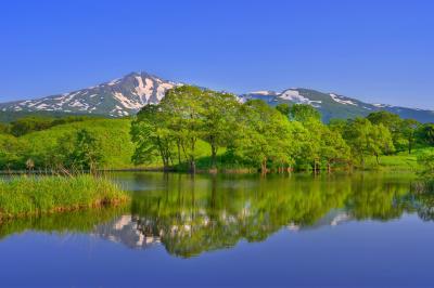 十八森池| 冬師湿原にある小さくて静かな池です。