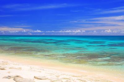 長間浜| 来間島にある静寂なビーチです。