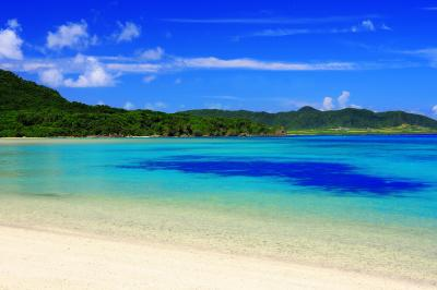 底地ビーチ| 川平湾に近い人気のビーチです。