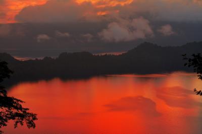 十和田湖 瞰湖台|
